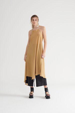 Symetria Uplift Slip Dress - Sandstone