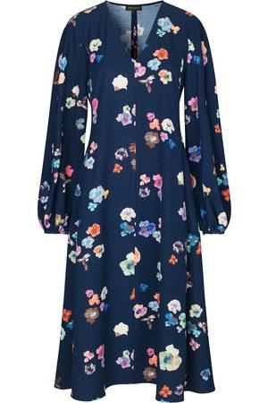 STINE GOYA Rosen Dress Flowers Live at Night