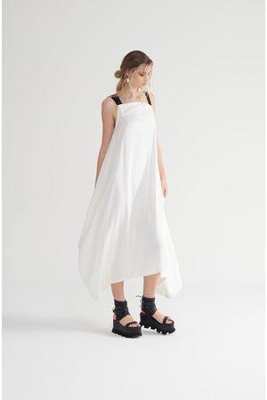 Symetria Vault Dress - Ivory/Black