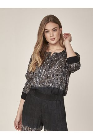 Nü by Staff Women Blouses - Ina Blouse in Statue Mix