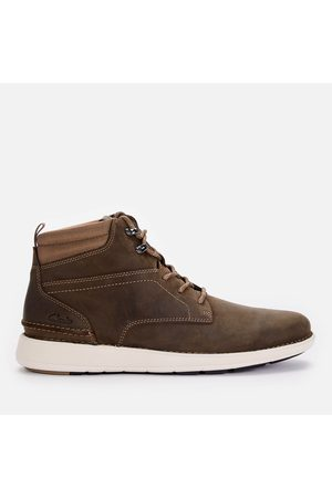Clarks Men Lace-up Boots - Men's Larvik Mid Leather Chukka Boots
