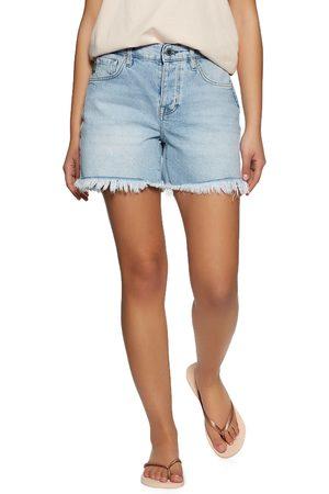 Superdry Mid Rise Slim s Shorts - Light Wash Vintage