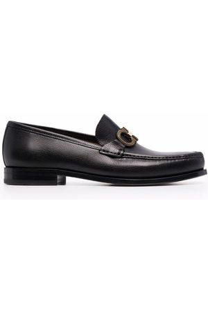 Salvatore Ferragamo Men Loafers - Gancini spike-detail logo strap loafers