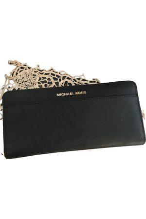 Michael Kors Women Wallets - Jet Set leather wallet