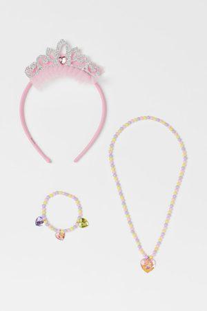 H & M Jewelry Set