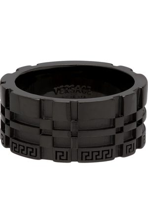 VERSACE Men Rings - Gunmetal Greca Logo Band Ring