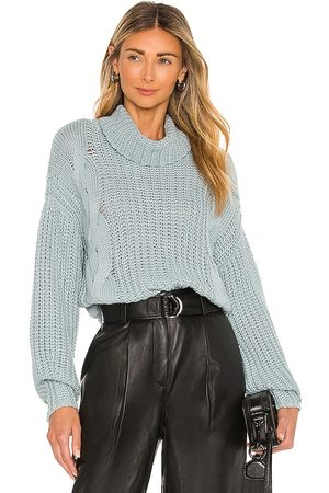 525 America Turtleneck Shaker with Cable in Slate.
