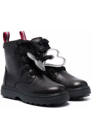 Camper Kids Heart patch detail boots