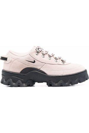 Nike Lahar low-top sneakers