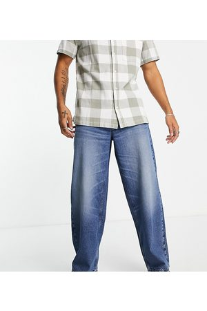 Reclaimed Inspired 90s baggy jeans in washed blue-Blues