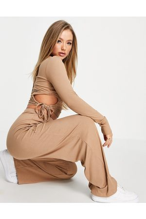 Skylar Rose 2-piece lounge set in taupe-Neutral