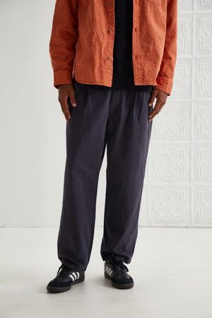 Urban Outfitters Men Chinos - Vintage Pleated Chino Pant