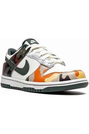 """Nike Boys Sneakers - Dunk Low SE """"Multi-Camo"""" sneakers - Neutrals"""
