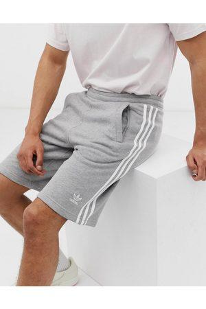 adidas Adicolor essentials shorts in heather-Grey