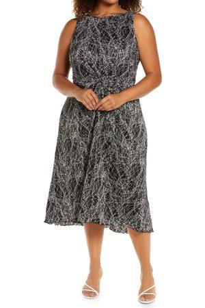 Halogen Plus Size Women's Halogen Print Plisse Sleeveless Dress