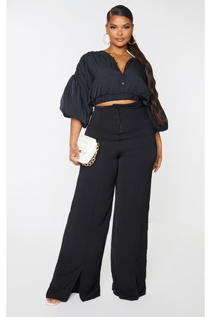 PRETTYLITTLETHING Plus Puffball Sleeve Crop Top