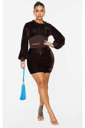 PRETTYLITTLETHING Women Bodycon Dresses - Shape Baby Girl Velour Bodycon Skirt