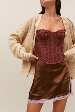 Motel Shaena Satin Mini skirt