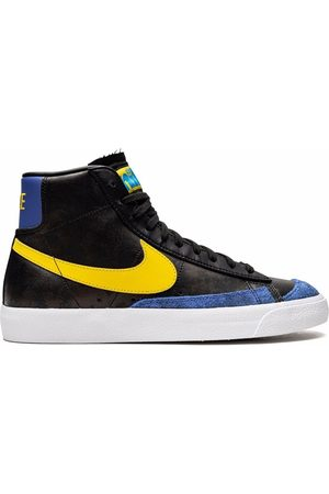 """Nike Blazer Mid 77 """"Peace Love and Basketball"""" sneakers"""