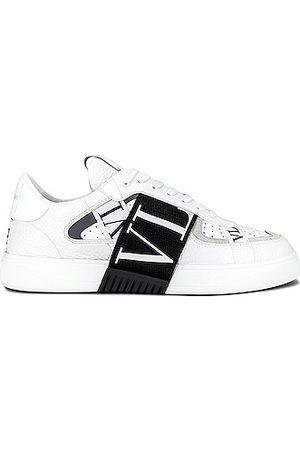 VALENTINO GARAVANI VL7N Sneakers in