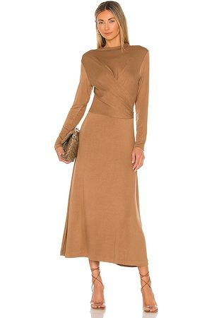 Vince Women Long sleeves - Long Sleeve Draped Dress in Taupe.