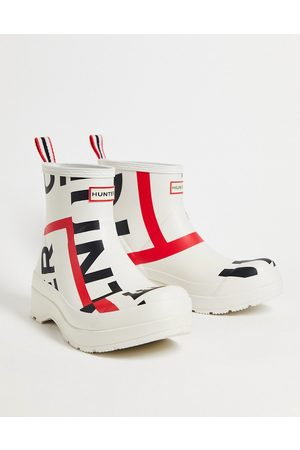 Hunter Originals play wellington boots in exploded print