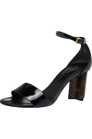 LOUIS VUITTON Women Heeled Sandals - Patent Leather Monogram Heel Ankle Strap Sandals Size 37.5