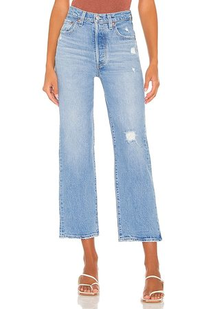 Levi's Ribcage Straight Ankle Jean in Blue.