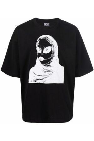 Diesel Men T-shirts - Green Label alien-print T-shirt