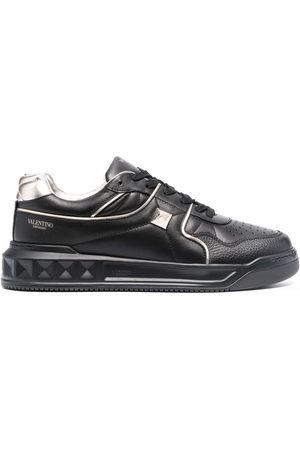 VALENTINO GARAVANI Men Sneakers - One Stud low-top sneakers