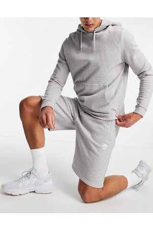 adidas Essentials shorts in -Grey