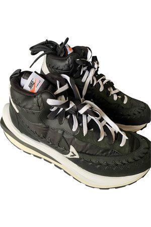 Nike Vaporwaffle cloth high trainers