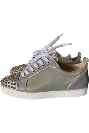 Christian Louboutin Louis junior spike low trainers