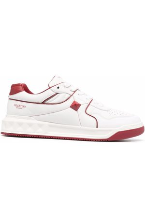 VALENTINO GARAVANI Leather roman stud low-top sneakers