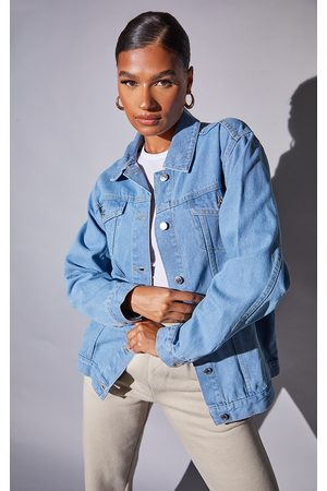 PRETTYLITTLETHING Women Denim Jackets - Recycled Light Wash Basic Oversized Boyfriend Denim Jacket