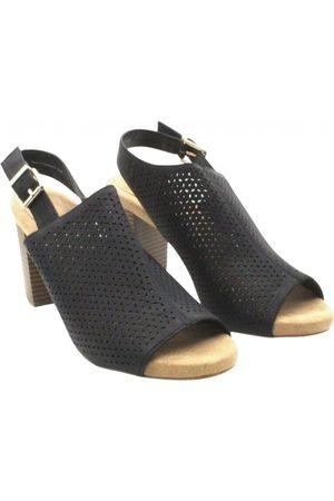 Giani Bernini Leather sandals