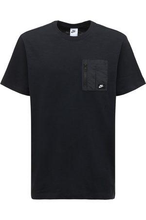 Nike Men T-shirts - Tech Essential Lightweight T-shirt