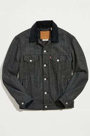 Levi's Men Denim Jackets - Vintage Fit Denim Trucker Jacket