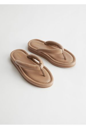 & OTHER STORIES Padded Strap Leather Flip Flops