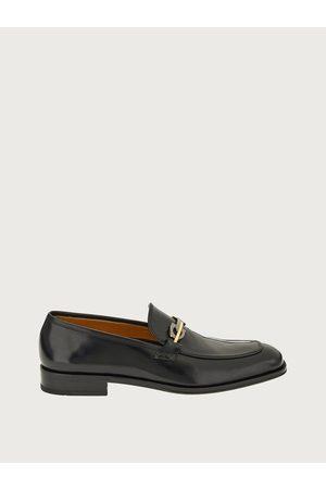 Salvatore Ferragamo Men Loafers - Men Moccasin with Gancini ornament Size 7