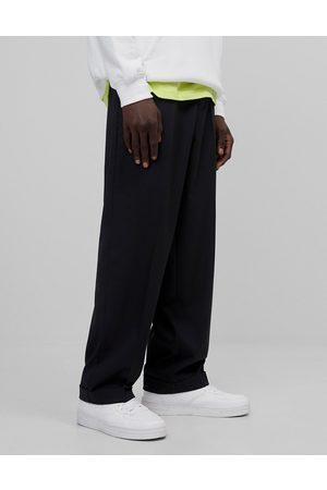 Bershka Men Chinos - Wide fit smart pants in