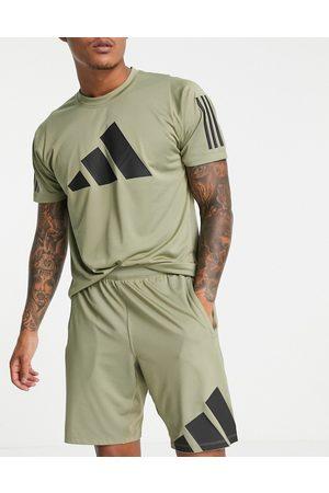 adidas Adidas Training shorts with large logo in khaki