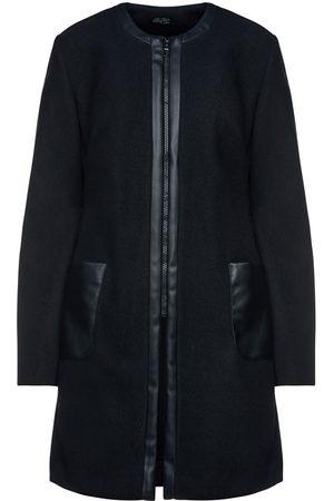 Women Leather Jackets - Women's Artisanal Black Leather Mouflon Coat With Faux Detail Small Conquista