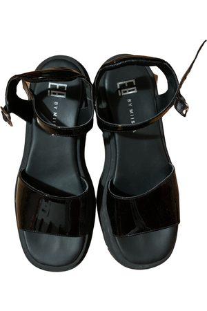 Miista Pauline patent leather sandals