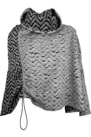 Women Ponchos & Capes - Women's Artisanal Grey/Black Wool Queens Cape Medium SNIDER