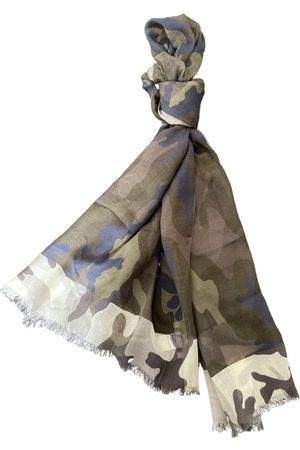 VALENTINO GARAVANI Cashmere scarf & pocket square