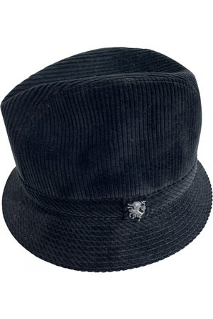 Philip Treacy Cloth hat