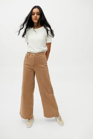 BDG Comfort Stretch The A-Wide Jean
