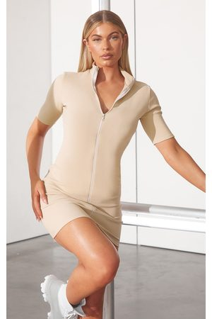 PRETTYLITTLETHING RENEW Rib Double Zip Short Sleeve Bodycon Dress