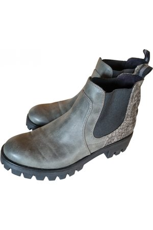Tamaris Leather ankle boots